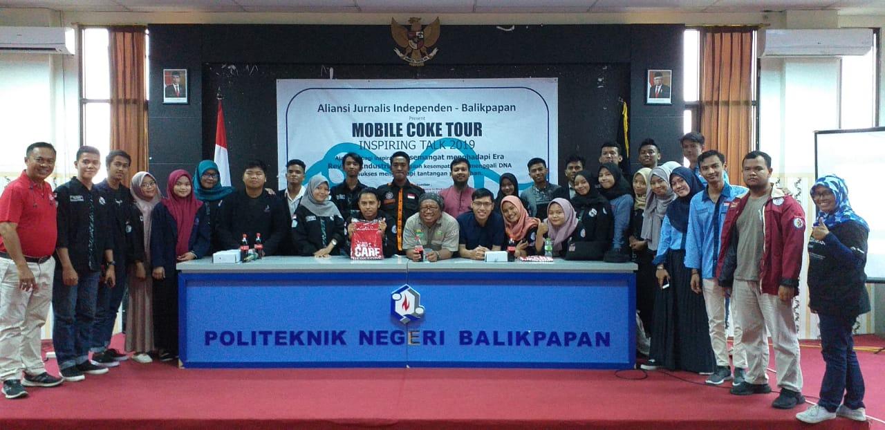 Mobile Coke Tour CCAI Hadir DiKaltim Untuk Berbagi Semangat