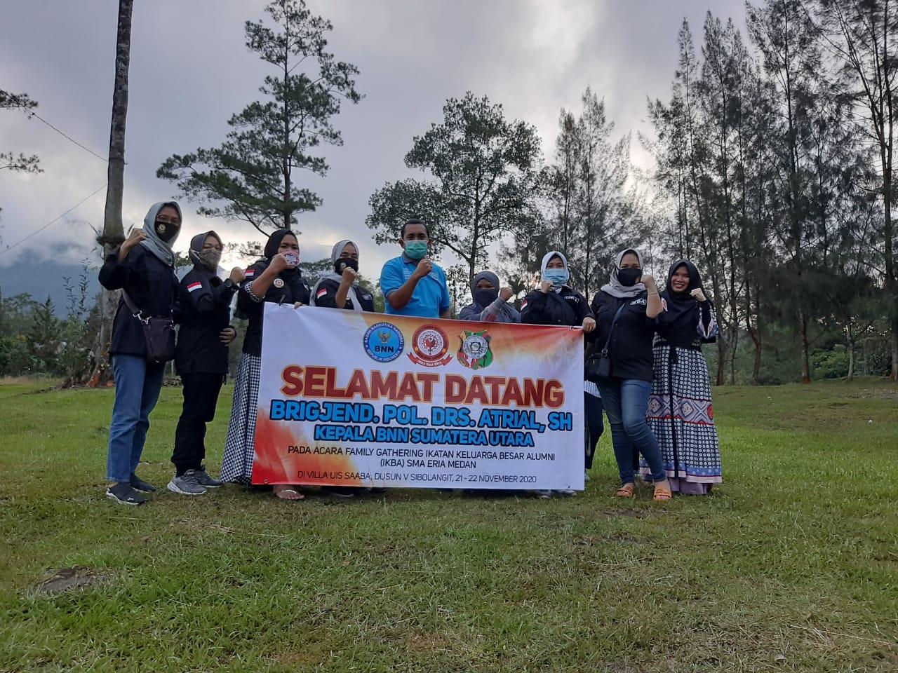 BNN.P Sumatera Utara Berikan Penyuluhan Saat Family Gathering Yang Digelar IKBA SMA Eria.