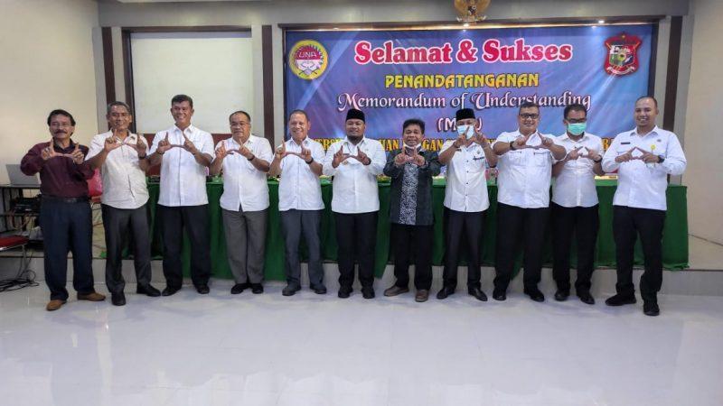 Dukung Program Pemerintah Pusat, Wali Kota Tanjungbalai H.M Syahrial Bagikan Kartu Identitas Anak (KIA)
