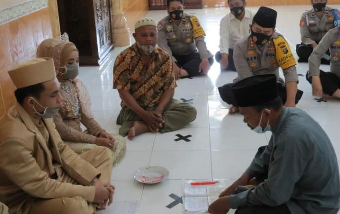 Kapolres Labuhanbatu Jadi Saksi Pernikahan Tahanan